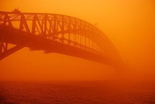 harbour_bridge_tempête_poussière.jpg