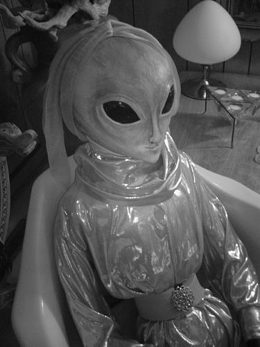 un-alien-les-mecs